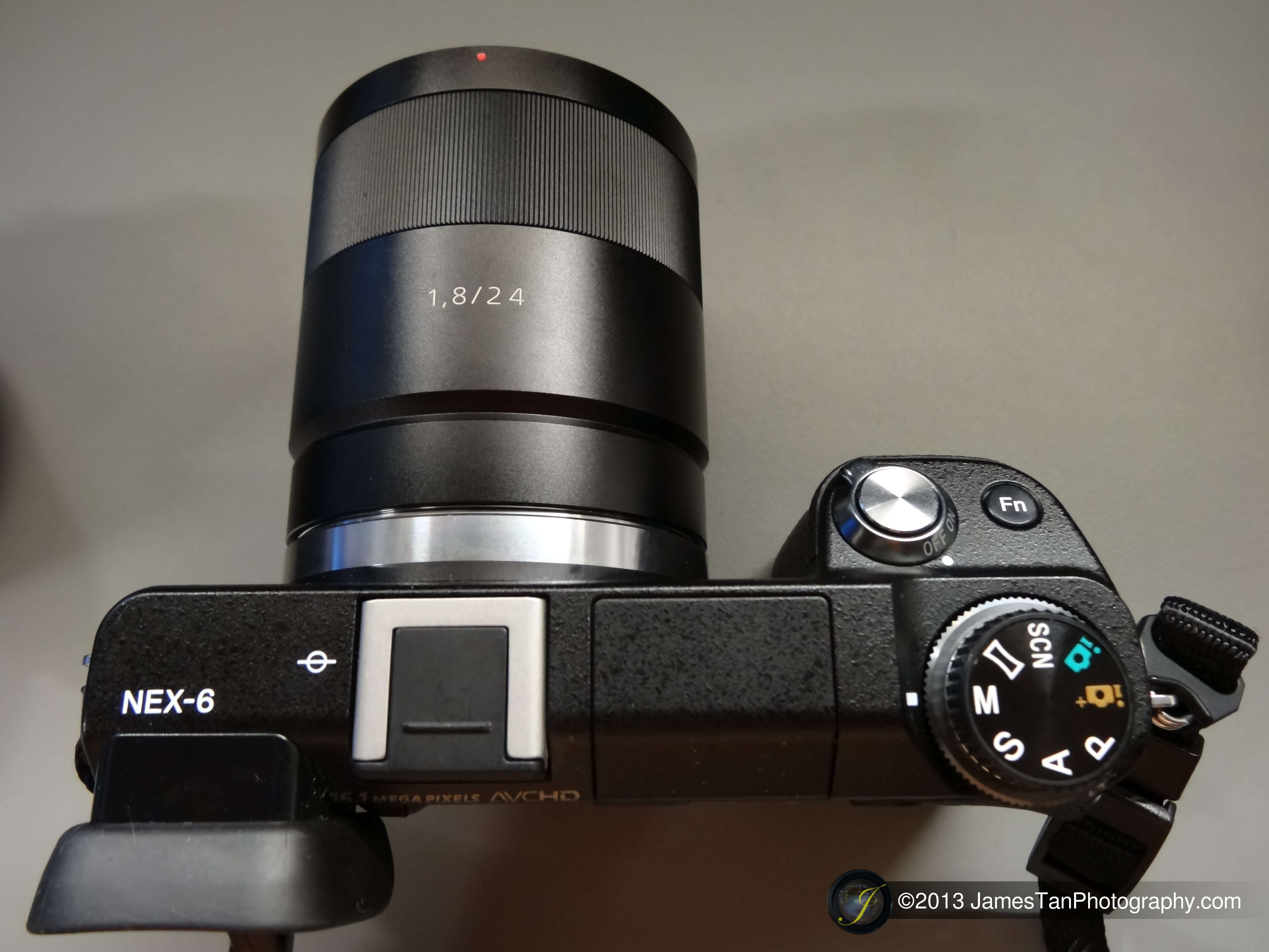 SEL24F18Z - Attached on Sony Alpha NEX-6 without Lens Hood