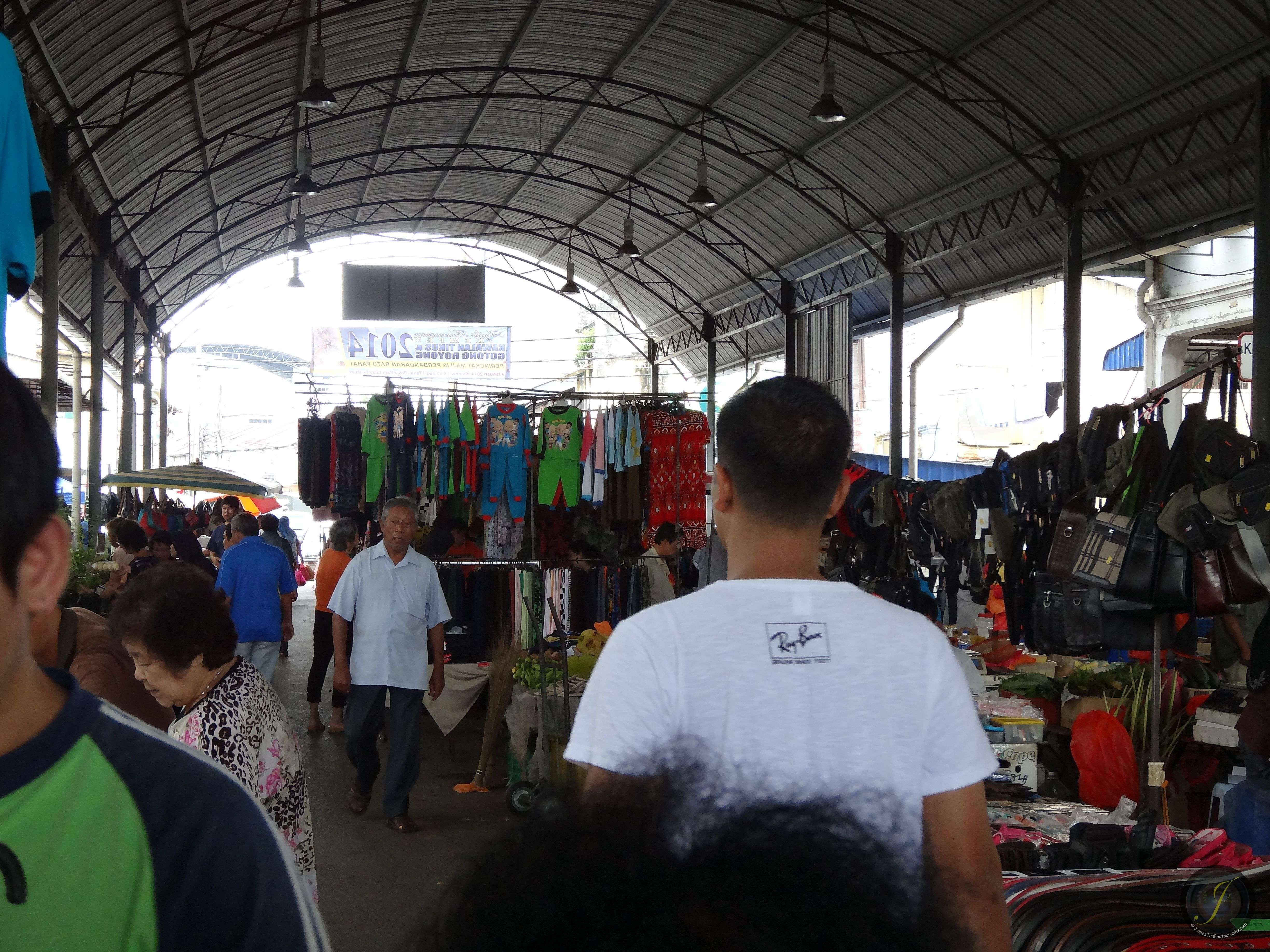 Crowded Dry Market